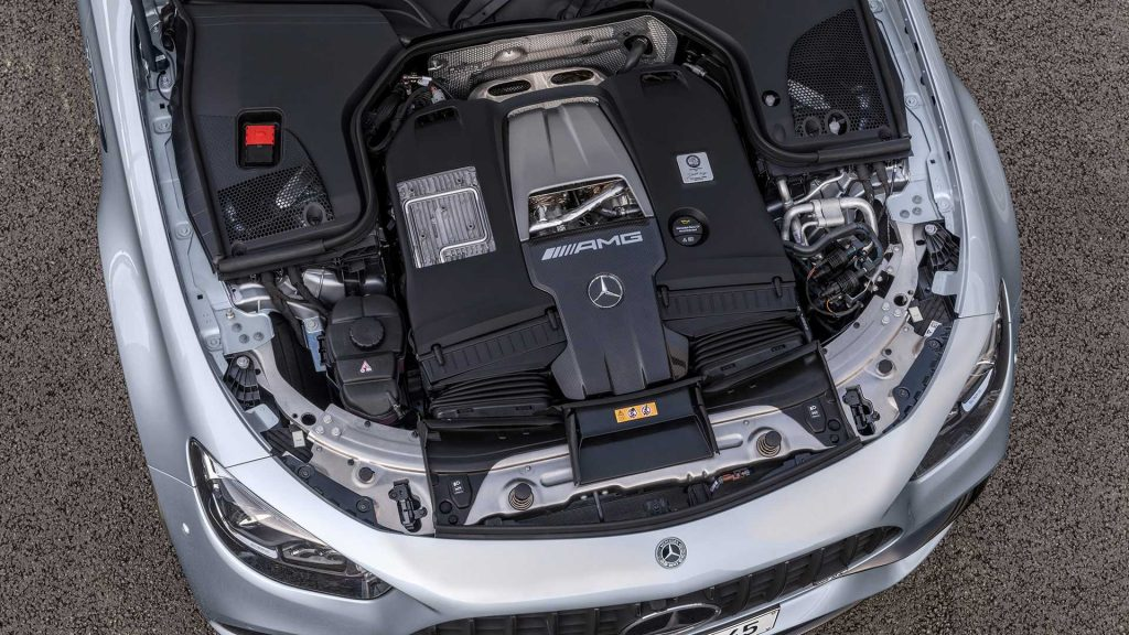 Mercedes Benz AMG E63 Engine