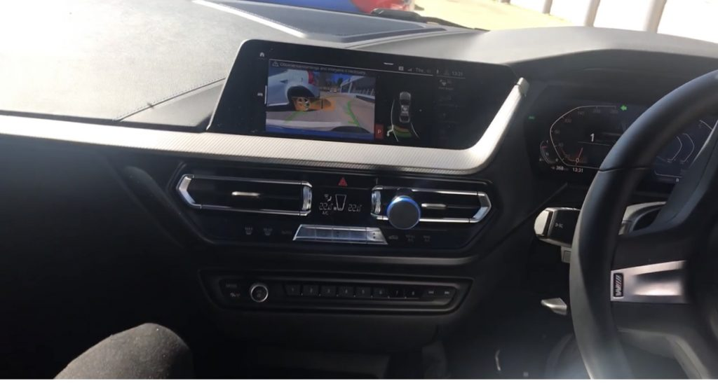 BMW 218i M Sport park assistant