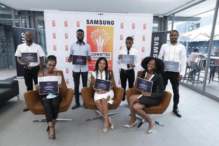 Tshimologong celebrates the graduates of its first – Samsung sponsored – App Factory Internship Programme